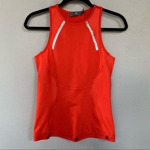 Workout shirt vibrant red